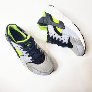 Big Kids Nike Hurache Black Neon Gray Sneaker 4